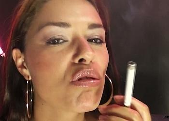 Ava Dalush smoking