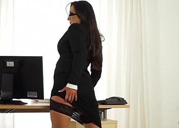 The Naked Secretary (ft. Jada)