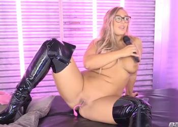 Beth Bennet - A Kinky Boots Live Show